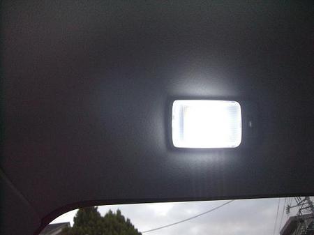 LED02.jpg